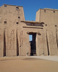https://soundandlight.show/Edfu Temple Guide