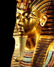 https://soundandlight.show/Most Interesting Things about Tutankhamun's Life Story