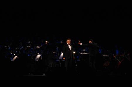 Birthday gala ceremony music Andrea Bocelli (2010-09-22  )